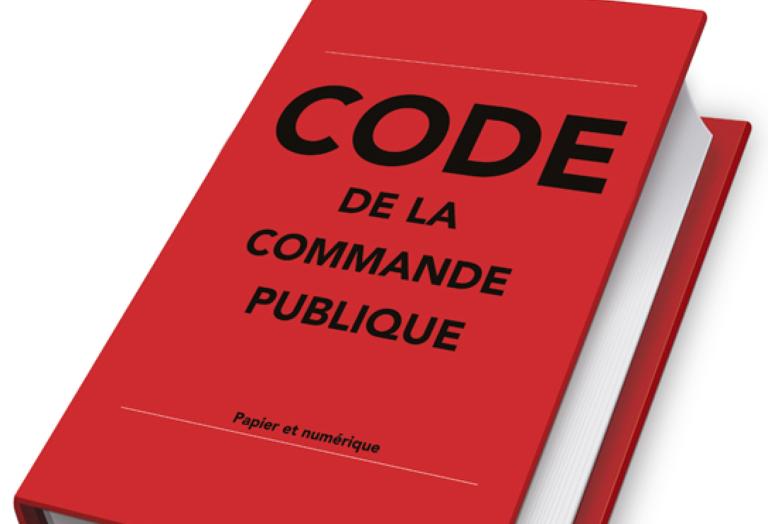 DECRET COMMANDE PUBLIQUE